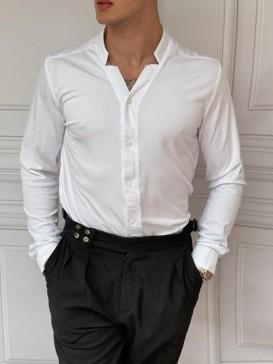 Pamuklu Kesik Yaka Rahat Kalıp Beyaz Gömlek